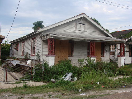 a-blighted-home-in-new-orleans