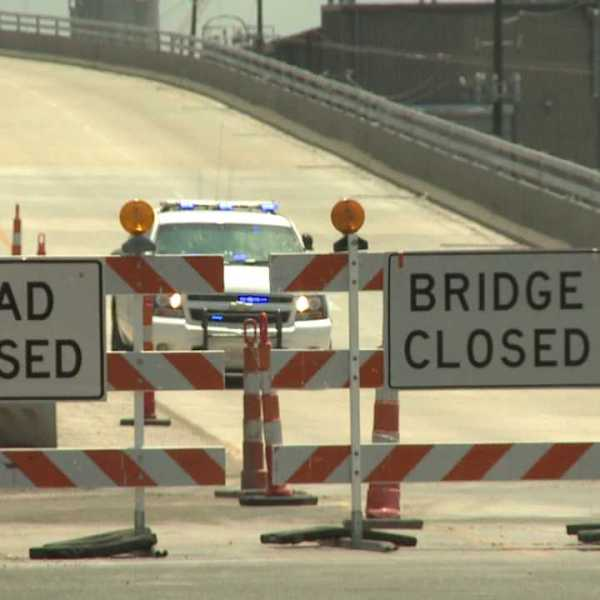 huey p bridge closed