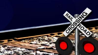 train-crossing-400×225