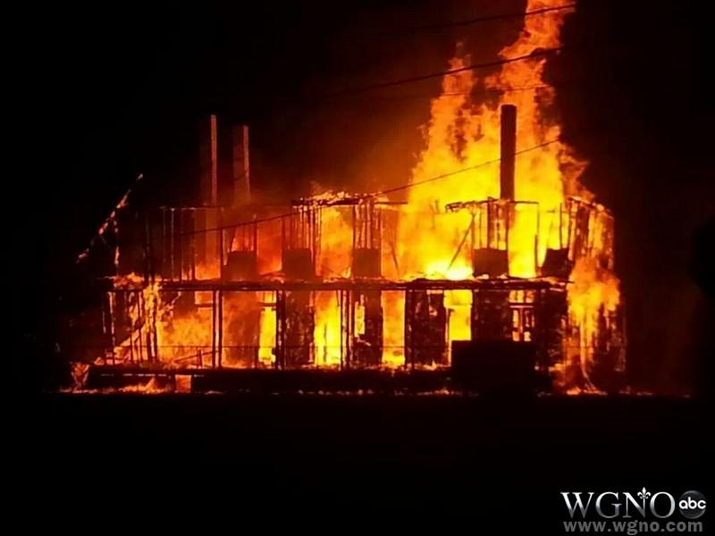 lebeau-plantation-fire-001