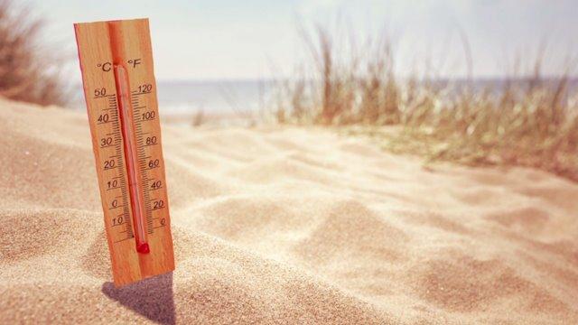 Dr Rachel Hot Sand On The Beach Can Mean Severe Burns On Your Feet Wgno