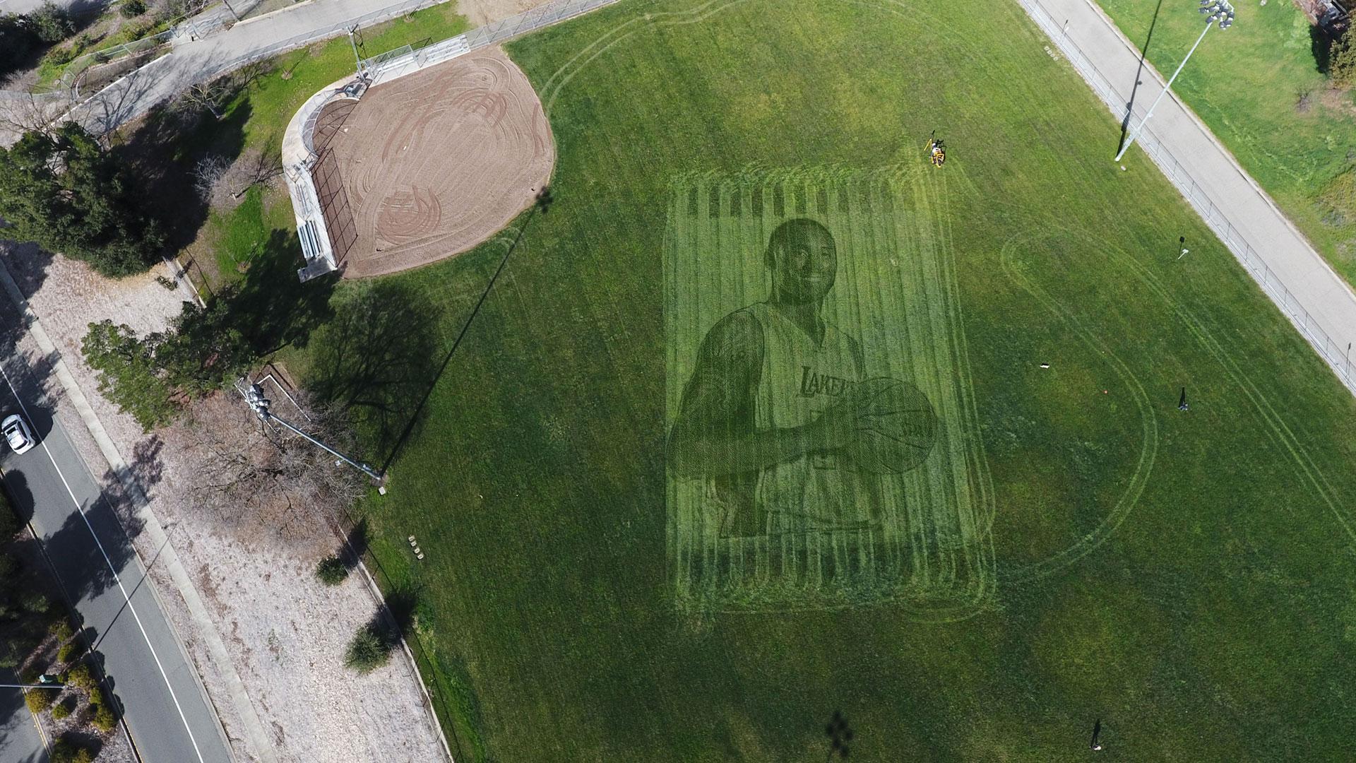 Kobe Bryant grass mural