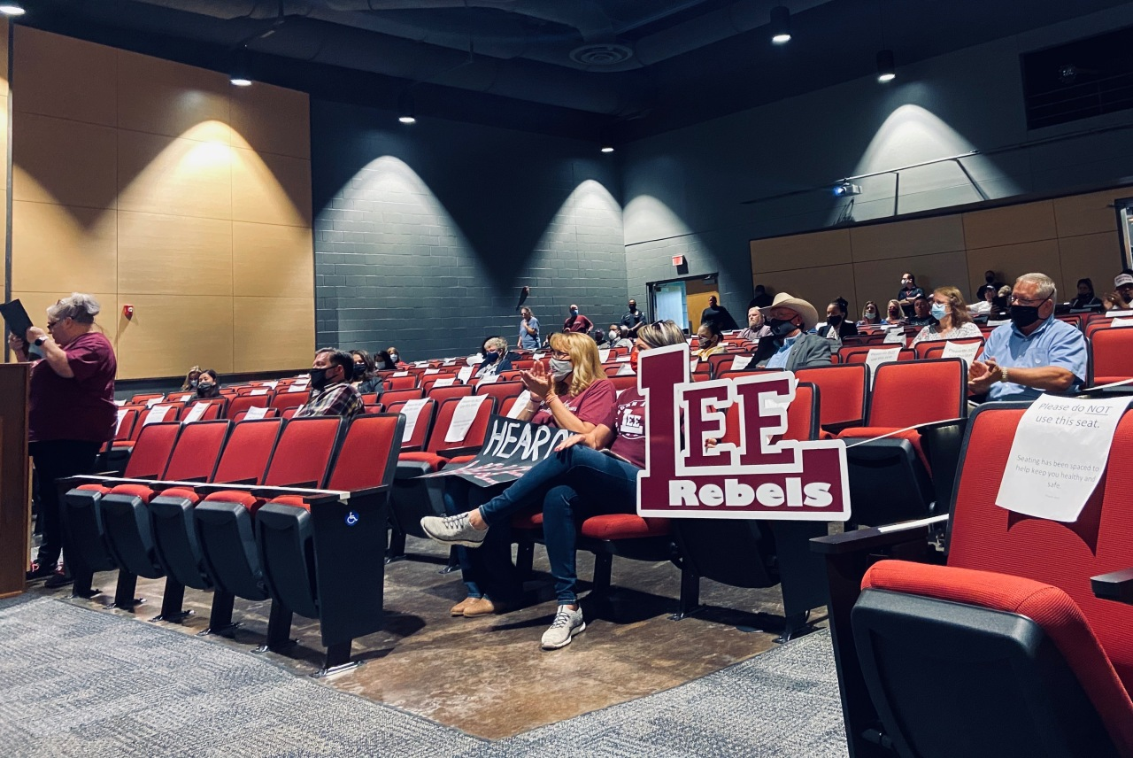 L.E.E. name supporters rally ahead of MISD board meeting