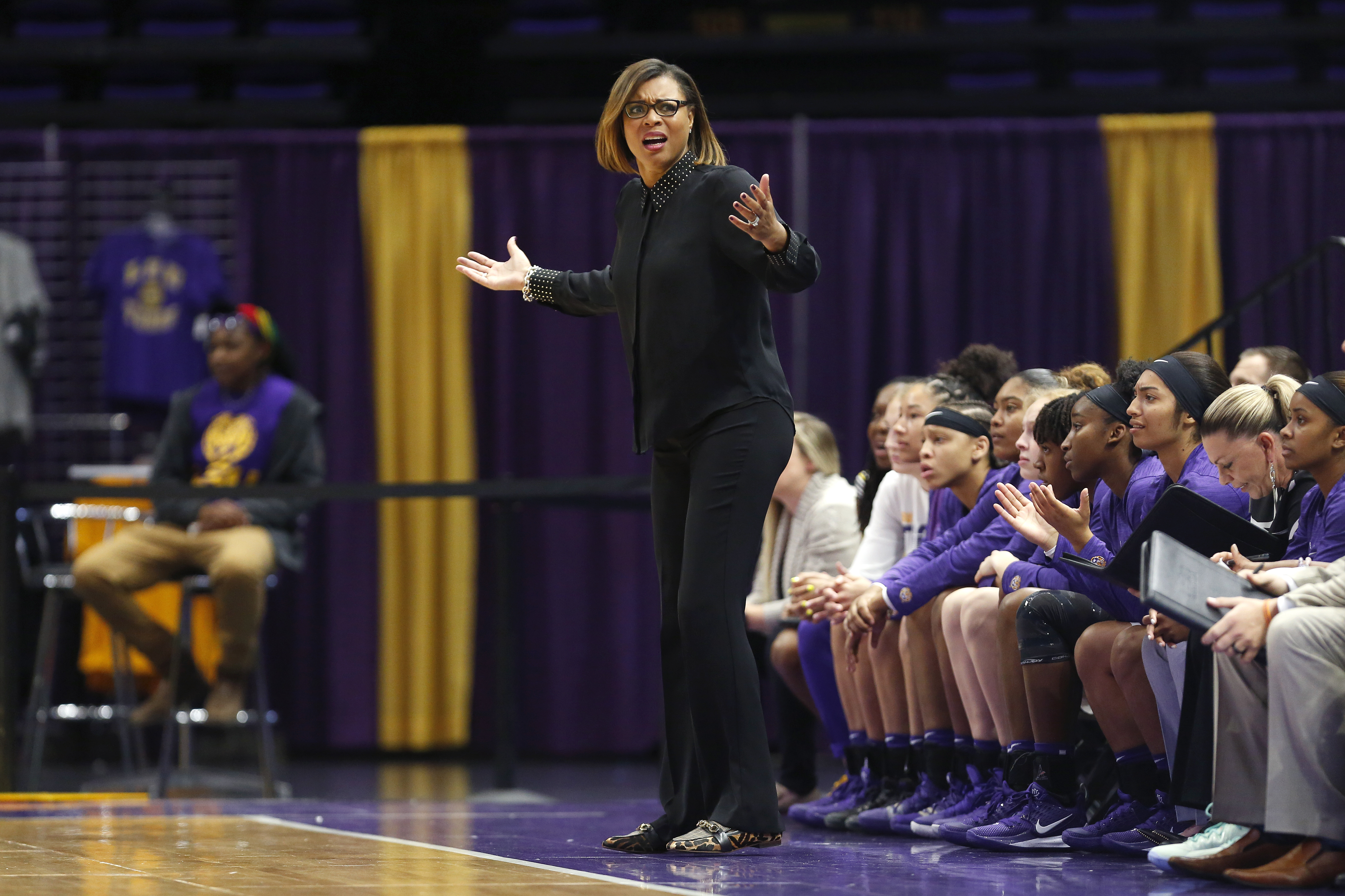 Lsu Women S Basketball Hosts Florida In Annual Play4kay Game Wgno