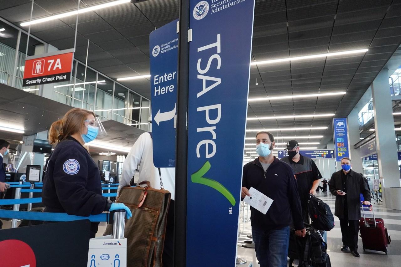 TSA screens 1.7 million travelers in a single day, highest number since beginning of coronavirus pandemic