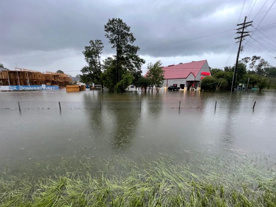 HWY 190 flooding