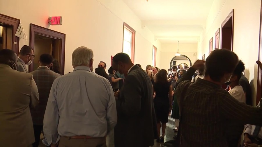 Large group shows up to qualify for New Orleans October Election
