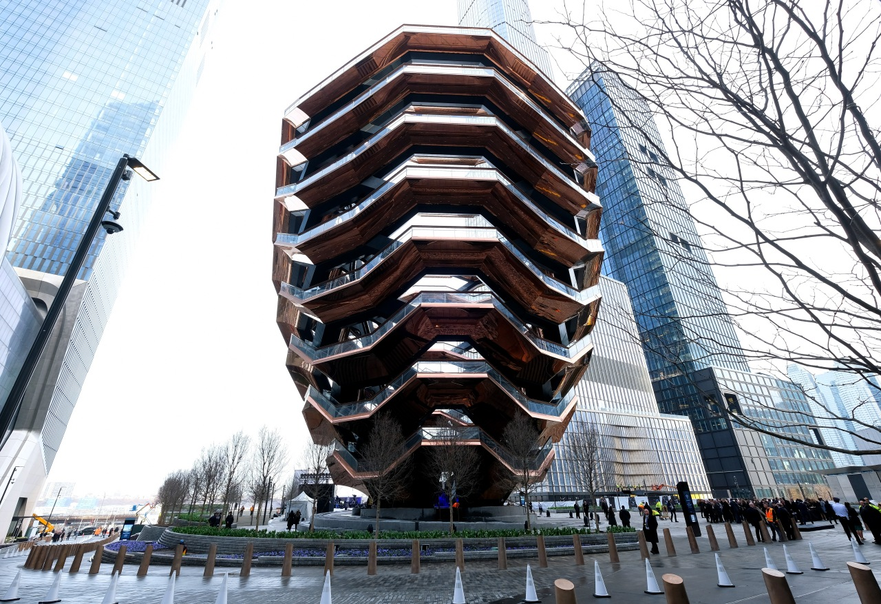 Teen's suicide prompts closure of Vessel attraction in NYC; developer says it may never reopen