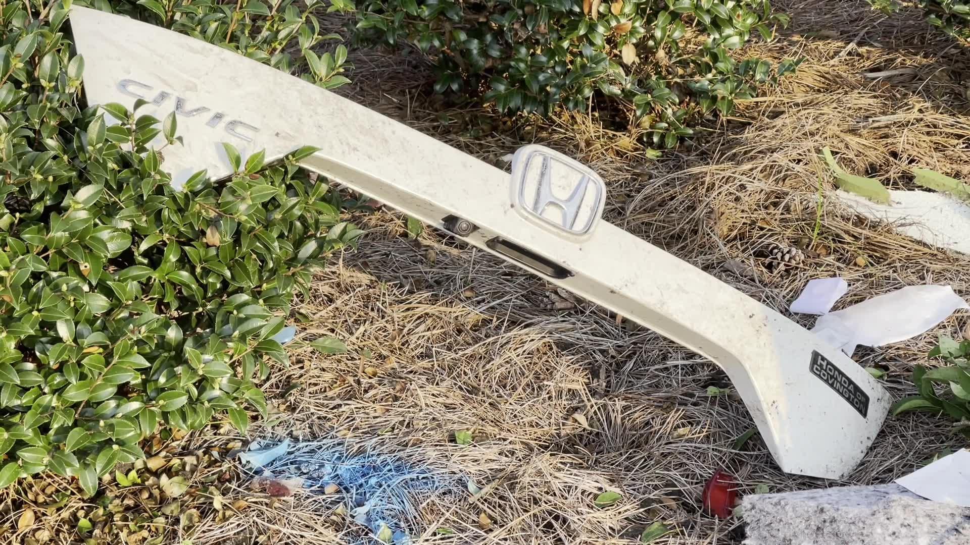 Debris from fatal Madisonville car crash