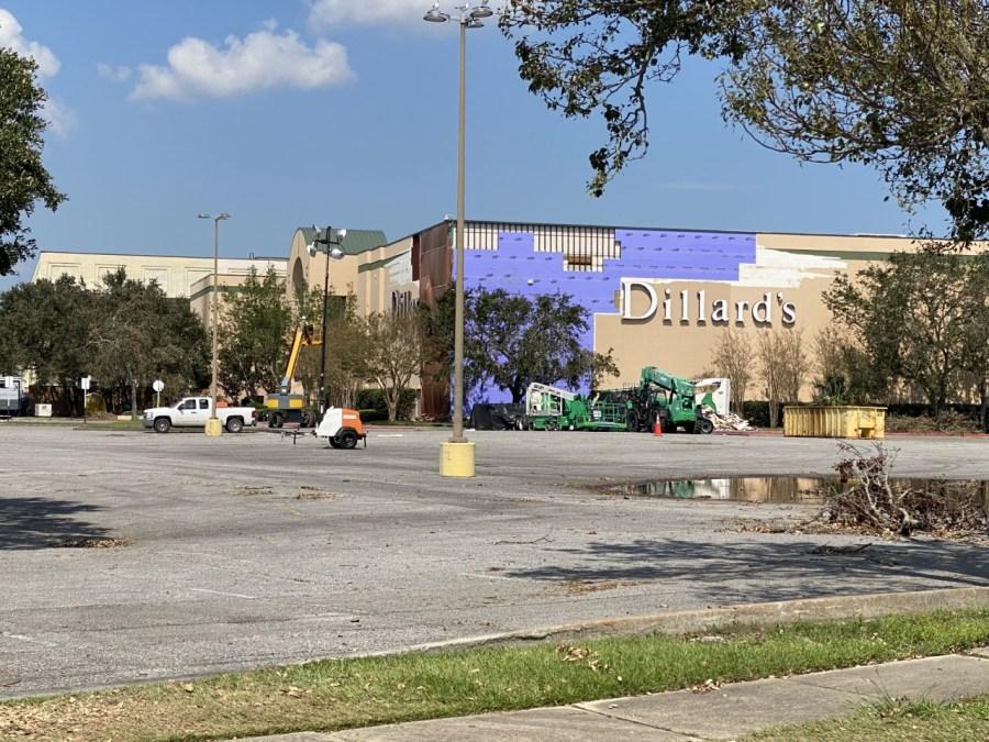Oakwood Mall damage