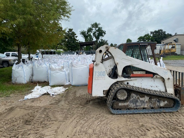 Sandbags available in Lafitte